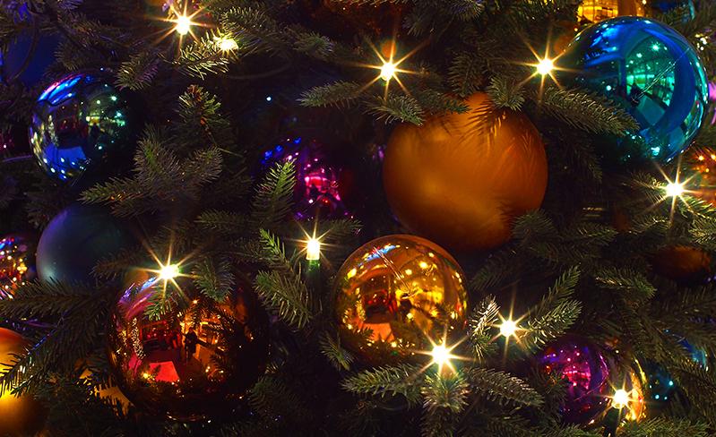 Lichterglanz-im-Weihnachtsschmuck fotografieren in der Nacht