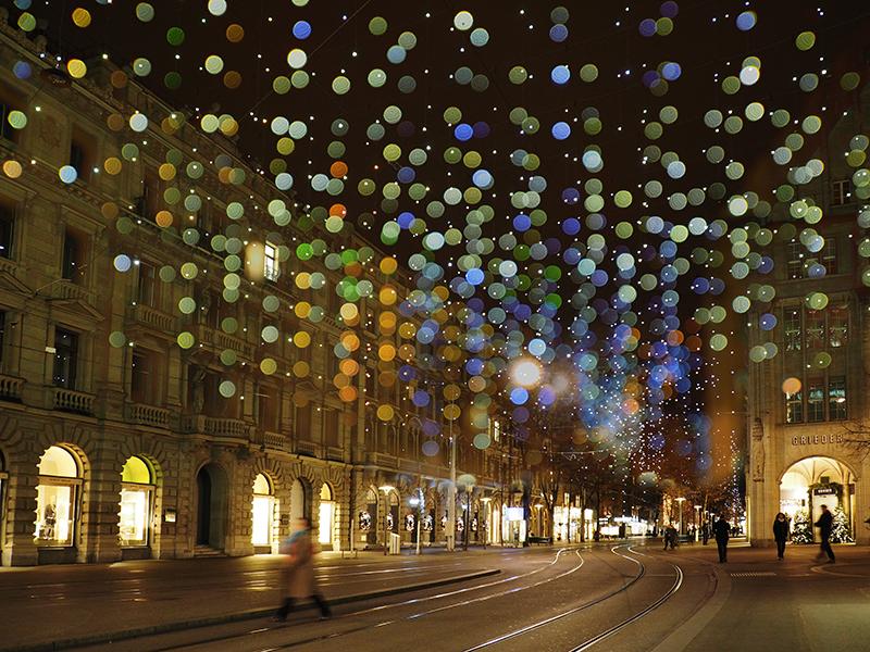 Weihnachtsbeleuchtung-Lucy-Bahnhofstrasse Zürich